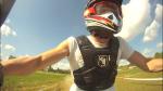 Kevin, ripreso dalla GoPro, alla guida del quad.